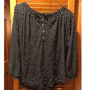 Limited lightweight black and white blouse